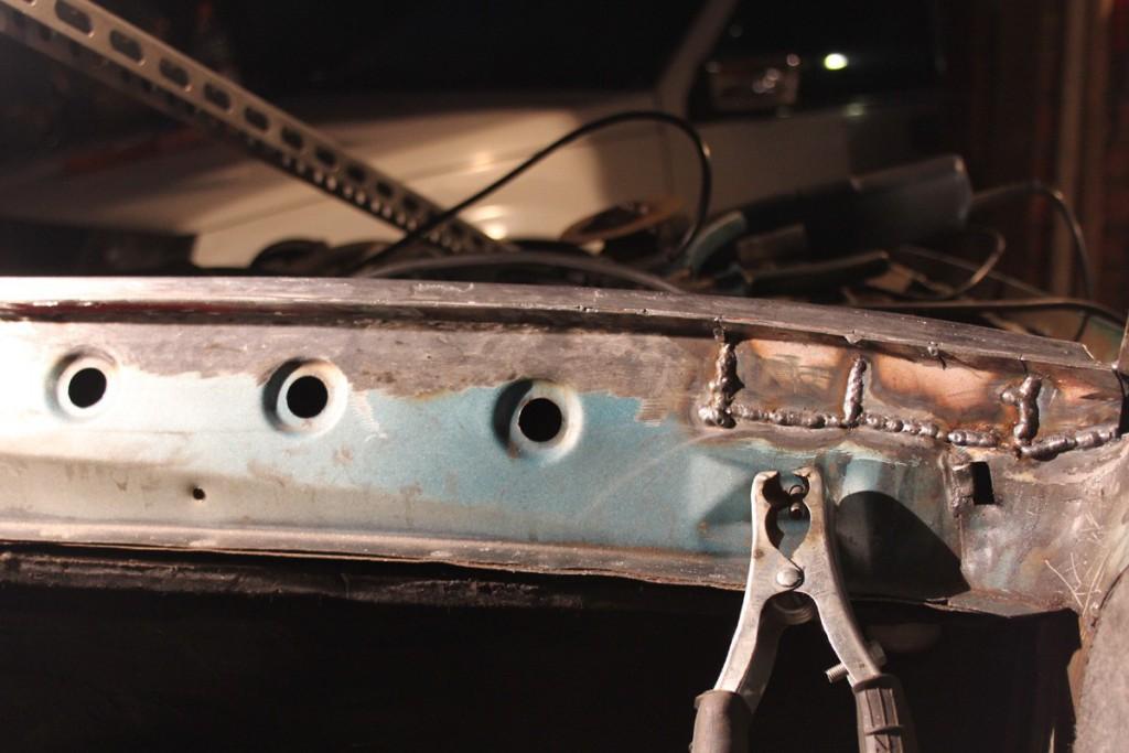 Ремонт рамки лобового стекла