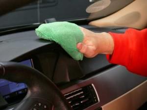 Удаление царапины на пластике авто