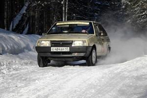 Ваз 2109 на зимней дороге