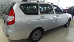 Lada priora в кузове универсал