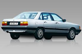 Баварский автомобиль в оригинальном кузове