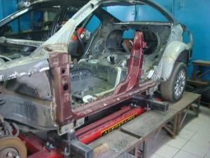 Стапель для ремонта кузова автомобилей