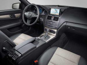 Салон Mercedes Benz